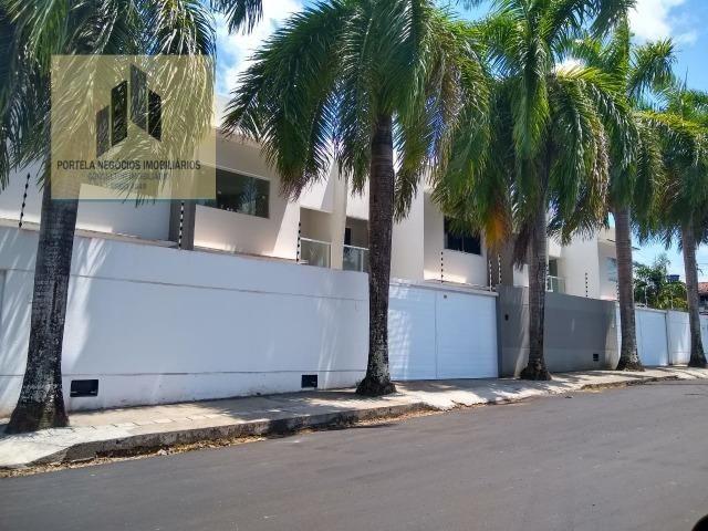 Casa Cond. Fechado, no Antares, 3/4, suíte, varanda, nascente, com piscina
