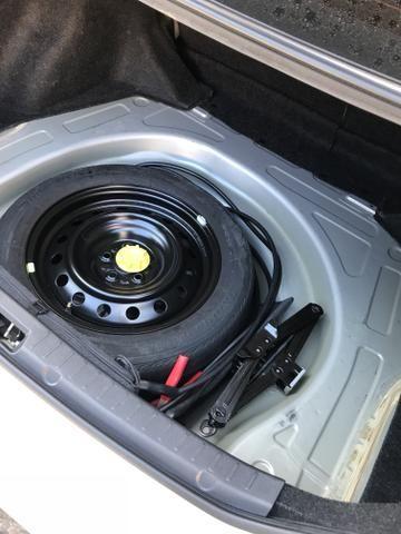 Toyota Corolla xei 13/14 Carro em excelente estado - Foto 9