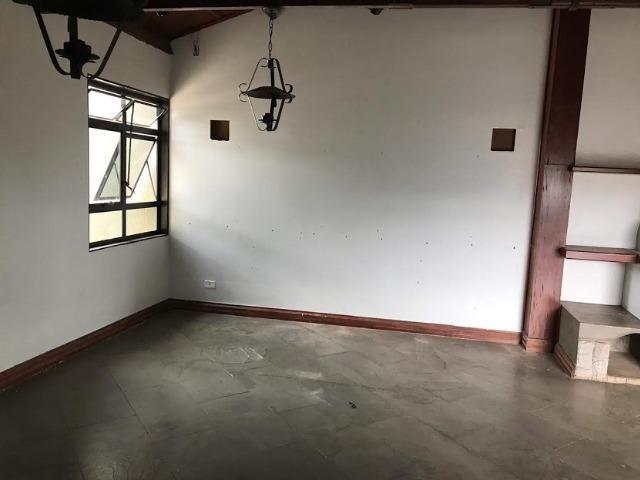 Salão de 72m² com café e banheiro