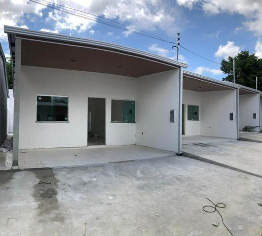 CD Fechado- 2 e 3 Dormitórios/ Poço artesiano- Parque 10/ Apenas 170 mil à vista - Foto 2