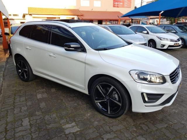 Volvo Xc60 2.0 TURBO R-DESIGN 4P - Foto 3