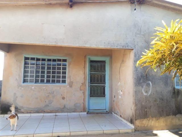 Casa com 3 dormitórios à venda, 75 m²- Setor Garavelo - Goiânia/GO