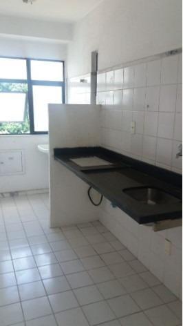 Apartamento 2/4 na Estrada do Coco - Foto 7