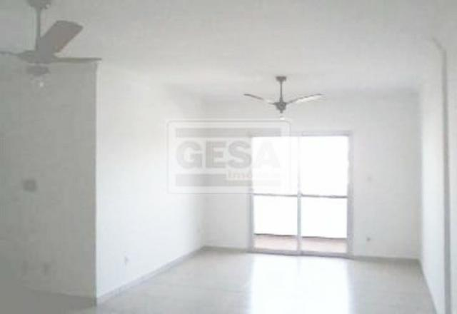 Cód: 24513 Aluga-se este ótimo apartamento no Vl Estádio