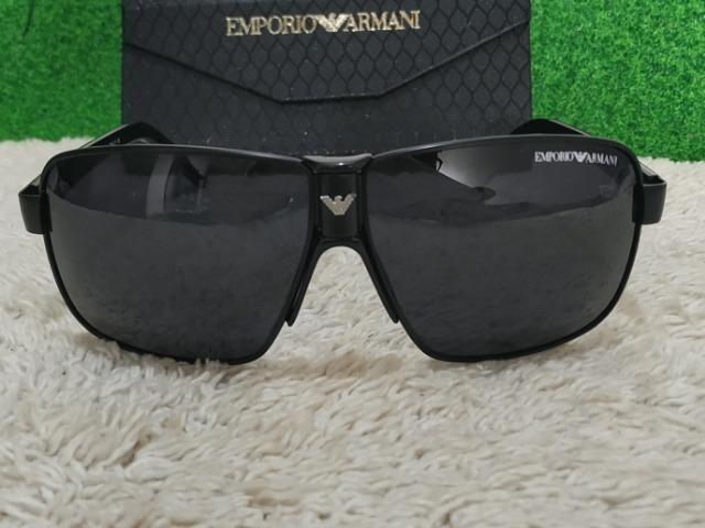 Óculos Emporio Armani Grande G - Bijouterias, relógios e acessórios ... 9d88a35e8b