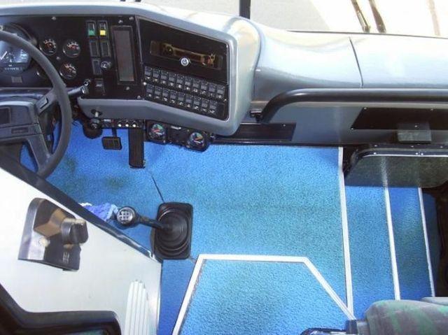 Ônibus Busscar Jum Buss 360 - Volvo B10m 6x2 - Executivo 46 Passageiros - Foto 12