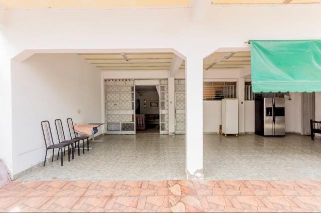 Casa à venda, 4 quartos, 10 vagas, Setor Aeroporto - Goiânia/GO