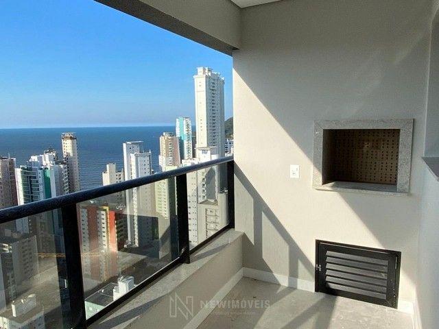 Apartamento Novo de 4 Dormitórios e 3 Vagas em Balneário Camboriú