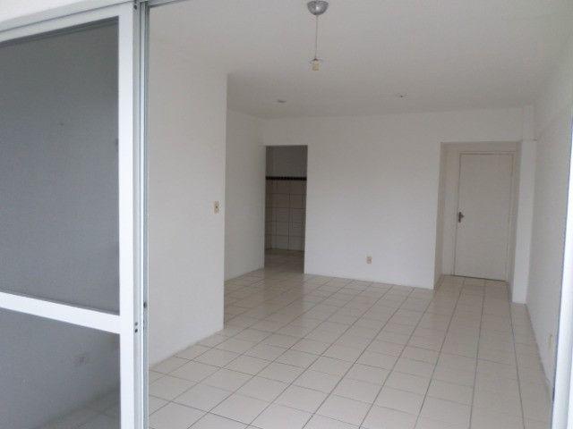 AL23 Apartamento 2 Quartos, Varanda, 2 Wc, 1 Vaga, 60 m², Boa Viagem Próx Aeroporto e Shop - Foto 2