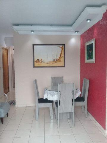 Apartamento de 3 Quarto Semimobiliado - Vieiralves