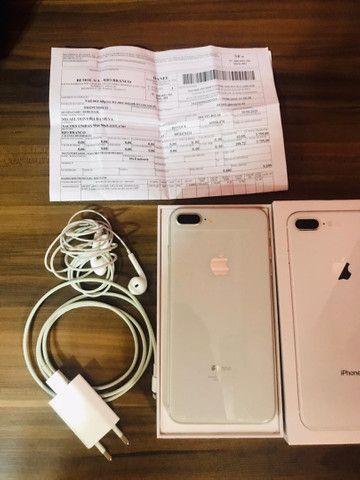 Vendo IPhone 8 Plus Prata - Foto 3