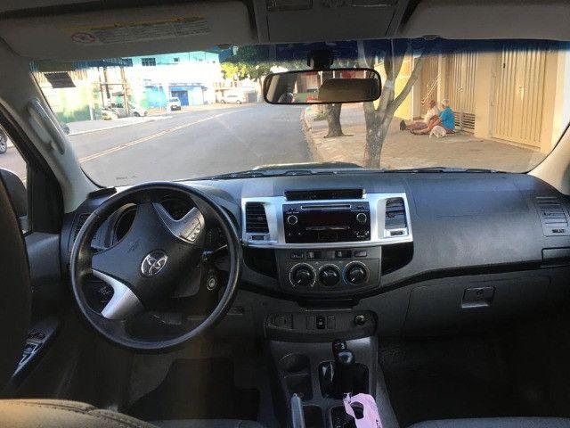Toyota Hilux CD4X4 SR 2014 - Foto 8