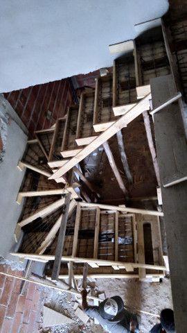 Escadas  de concreto  - Foto 2