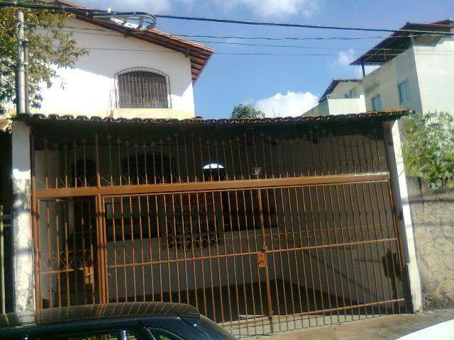 Casa 250m² Bairro Santa Amélia