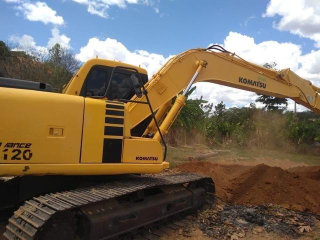 Escavadeira Pc 20 120 9.000 horas - Foto 6