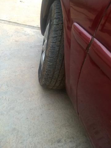 Vendo ou troco por carro um 1.0 que sejam flex - Foto 4