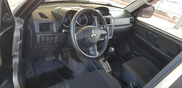 Pajero tr4 4x4 automática 2012 - Foto 6