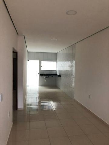 CD Fechado- 2 e 3 Dormitórios/ Poço artesiano- Parque 10/ Apenas 170 mil à vista - Foto 7
