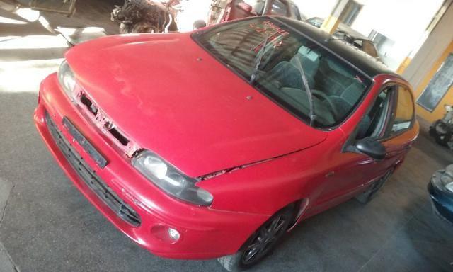 Sucata de Fiat Brava Elx 1.6 16v 1999/2000 para retirada de peças