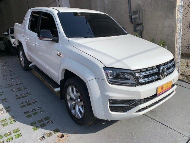 Volkswagen Amarok higline V6 3.0 diesel entrada de 10.000,00