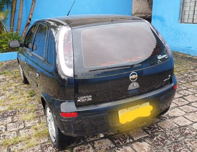 Corsa Hatch 1.4 bom estado