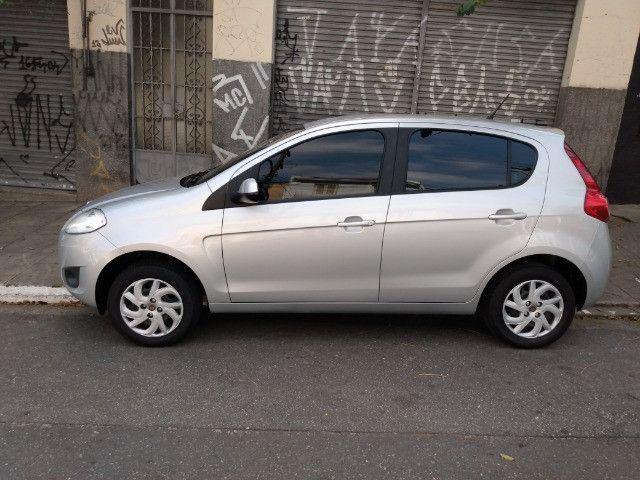 Fiat Palio 1.0 Attractive 8V Flex 4Ptas