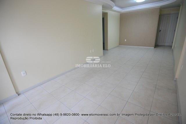 Apartamento no Bairro Estreito com 02 vagas - Foto 20