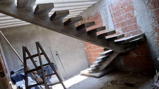 Escadas  de concreto  - Foto 6