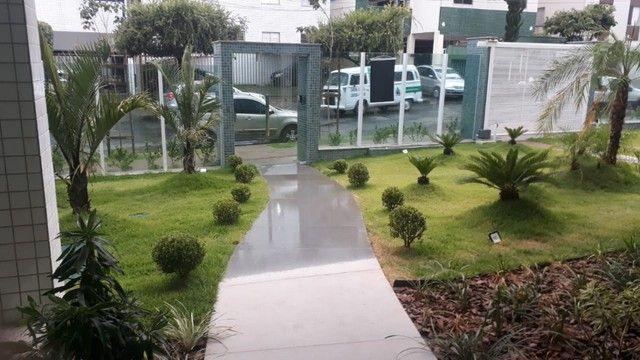 Apartamento de Dois Quartos - Suíte - Duas Vagas - Alto Padrão // Castelo Manacás - Foto 18