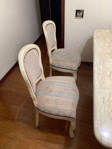 Mesa de jantar de mármore com 6 cadeiras - Foto 3