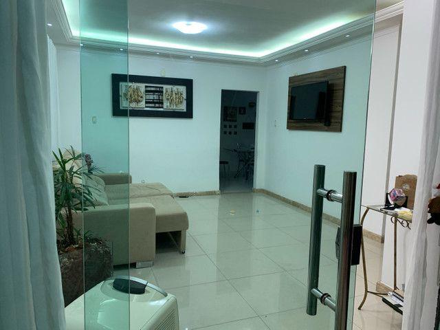 Casa com lote 360mt com 3 vagas de garagem bairro laranjeiras  - Foto 7