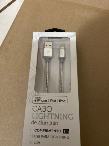CABO LIGHTNING APPLE