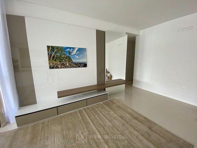 Apartamento Semi-Mobiliado 3 Suítes e 3 Vagas em Balneário Camboriú - Foto 2