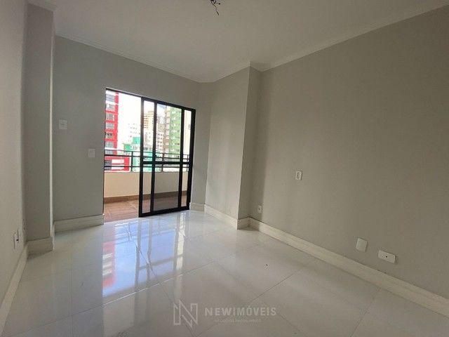 Apartamento Diferenciado com 4 Dormitórios em rua reta ao mar em Balneário Camboriú - Foto 17