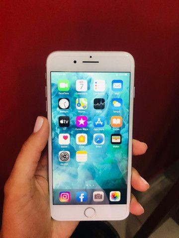 Vendo IPhone 8 Plus Prata