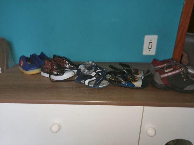 Doa-se roupas e sapatos de menino! Tamanho 2/3 - Foto 4