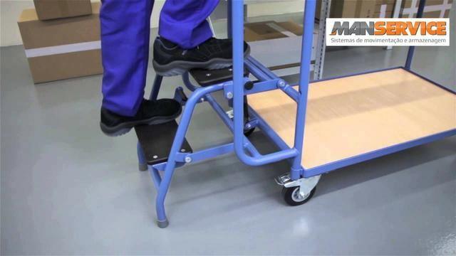 Carrinho com escada acoplada / Carro abastecedor - Foto 2