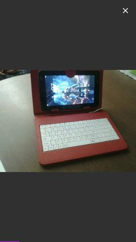 Tablet com capa leia o anuncio