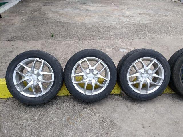 Jogo de roda aro 15 universal com pneus