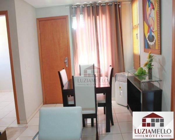 Apartamento à venda, condomínio fechado com garagem, piscina e churrasqueira. Águas Claras