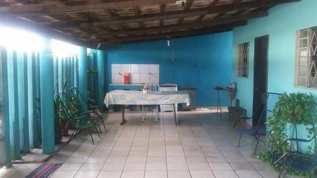 Vende-se casa no Centro de Aparecida de Goiânia - Foto 17
