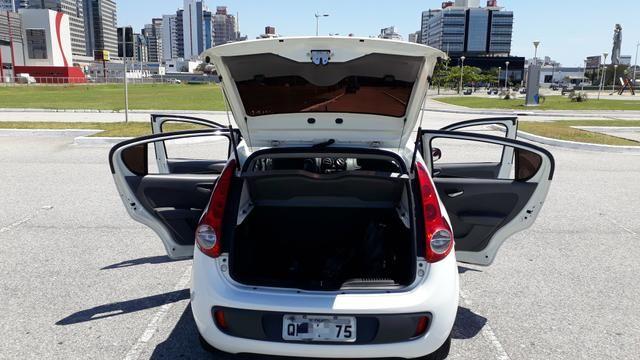 Fiat Palio Completo TOP Attractive 2016 - Foto 17