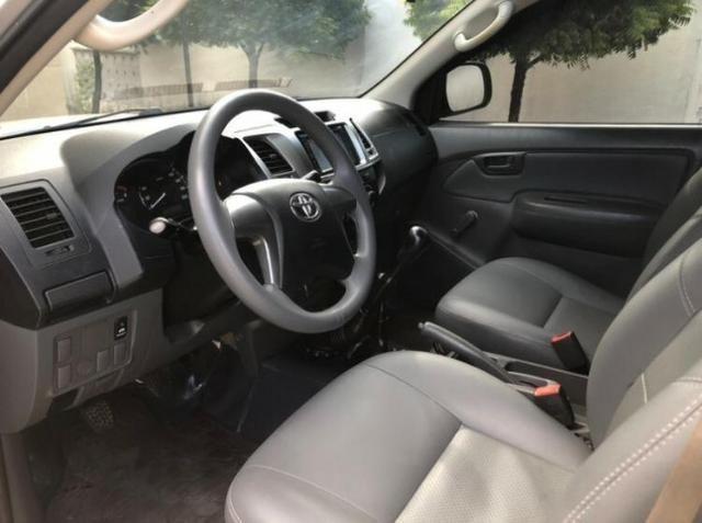 Toyota Hilux 3.0 CD 4x4 STD -2015 - Estado de Zero - Foto 4