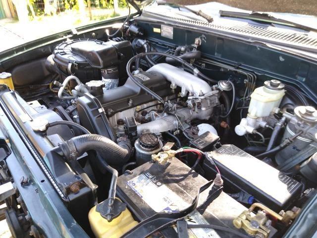 Toyota HIlux SW4 4x4 7 lugares Turbo Diesel - Foto 3