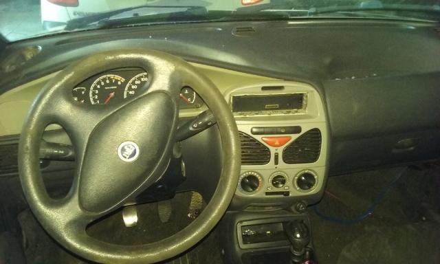Sucata de Fiat Palio Elx 1.3 16v 2001 - Somente para peças - Foto 4