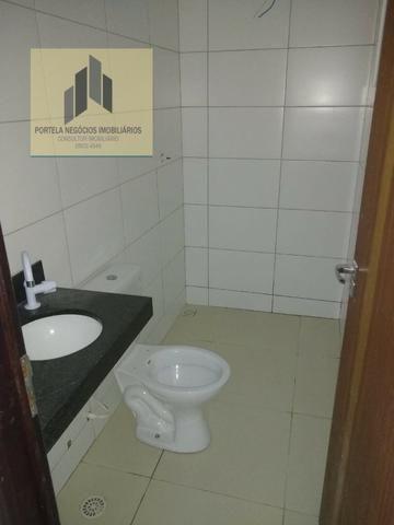 Casa Cond. Fechado, no Antares, 3/4, suíte, varanda, nascente, com piscina - Foto 6