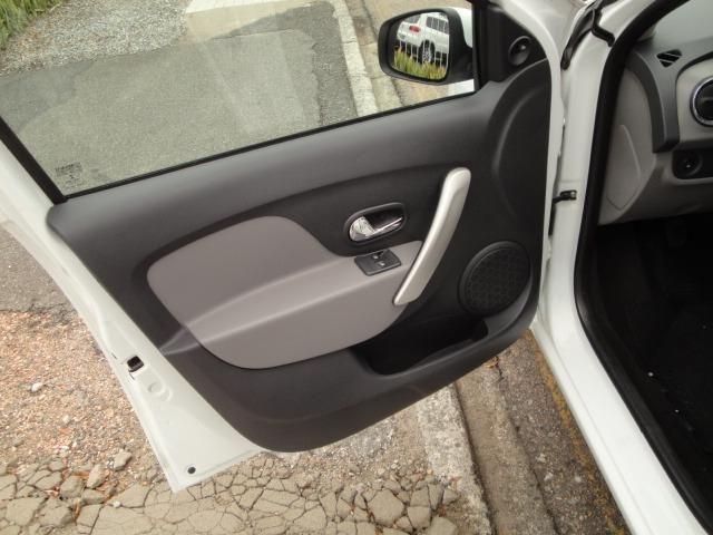 Renault Logan 1.0 Expre 2014 Completo - Foto 11
