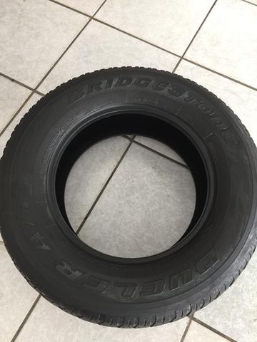 Pneus Bridgestone 265/65/R17 112 s