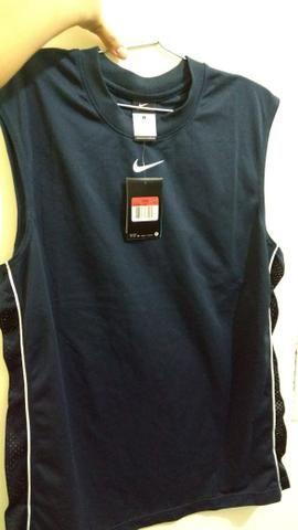 fa831a66ee Blusa Nike original! - Roupas e calçados - Vespasiano