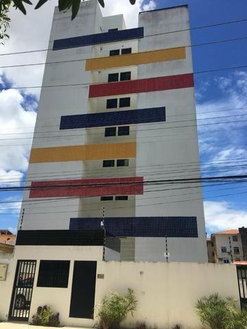 Apartamento no Farol c/ 2 quartos e 1 suíte c/ um super desconto - Foto 13